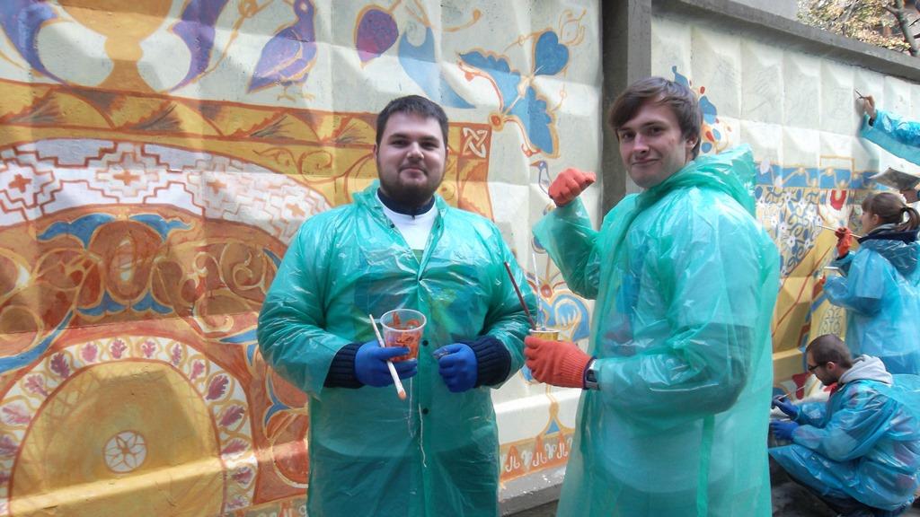 Студенты ЛНАУ разукрасили улицу Харькова